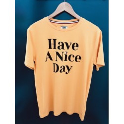 CAMISETA TOMMY HILFIGER HAVE A NICE DAY